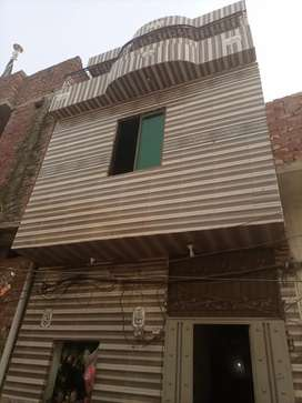 2 electric meter.gas metar.water ..every thing available.triple story