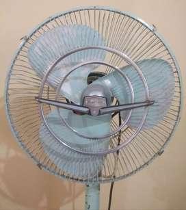 Old antique , Rallifan  Fan , weight is minimum 30 kg+