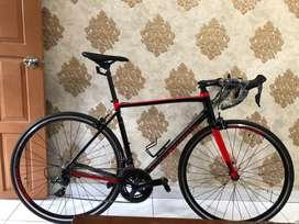Sepeda roadbike polygon strattos s3 2019