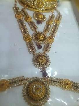 Low prize rental jewellery set