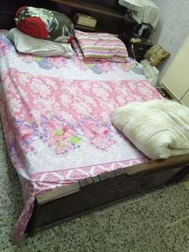 Double bed plus dressing table
