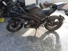 Yamaha R15 V3 ABS Dark Knight excellent cond. Only 1945 kms driven