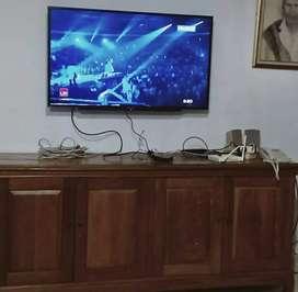Bracket led tv ruangan