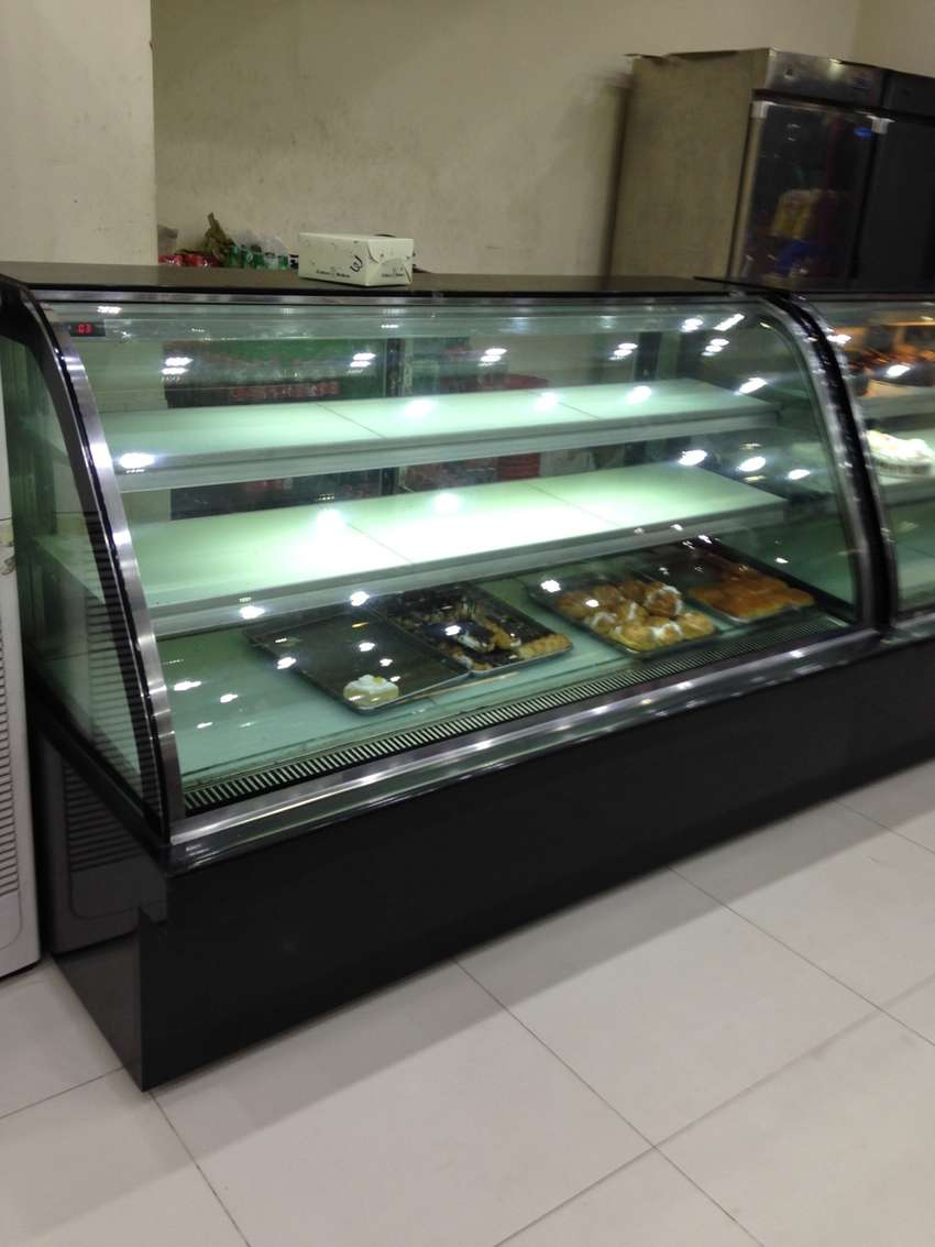 Cake Display Pastry Chiller at factory price NEW