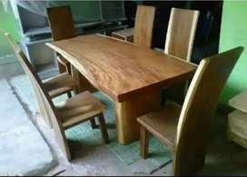 Meja makan model 6 kursi solid kayu terambesi melamin warna natural