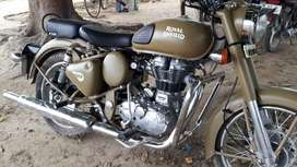 New condition Royal Enfield 500 2017 1st owner sell emergency