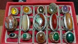 Batu cincin perhiasan