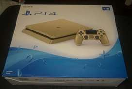 Sony PlayStation PS4 silm golden edition with 2 controller