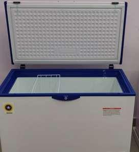 Deep freezer 330 ltr