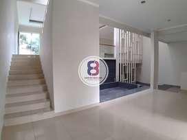 Rumah Dijual di Kebayoran Residences Bintaro Jaya Strategis Bagus Rapi