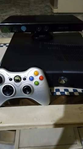 X box 360 with kinect