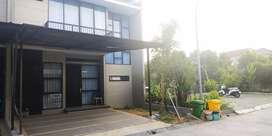 Rumah minimalis 2lantai dijual di emerald land