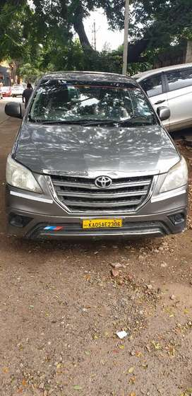 Toyota Innova 2013 Diesel 256000 Km Driven  2nd owner