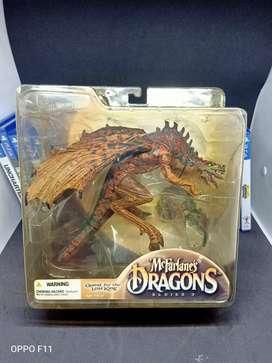 mcFarlane's Dragons series 3 : The Berserker Dragon Clan BNIB