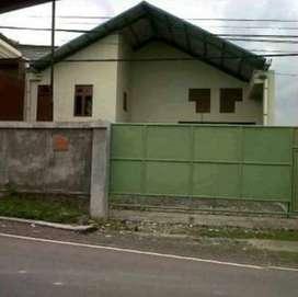 Gudang strategis di Jl. Cargo Sari