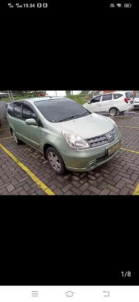 Nissan Grand Livina 1.5 XV 2010