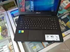Laptop asus i3 gen4 VGA 2GB ram 4GB garansi 6 bulan