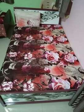 Copboard Bed