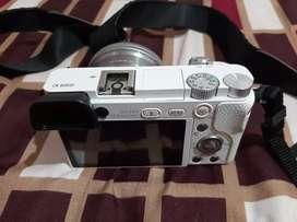 Jual kamera Sony a6000 + lensa fix 7artisan F1. 8