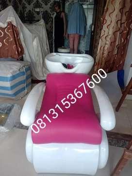 Kursi keramas salon bisa request warna