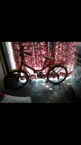 Hero(Atlas) bicycle for :Rs-2000