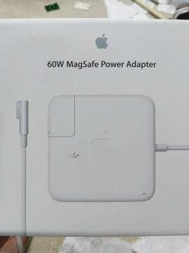 MacBook Pro 60W Magsafe Power Adapter 1