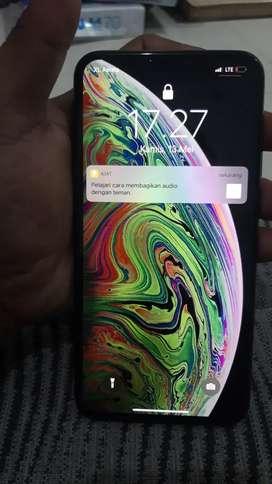 Iphone xs max 64gb grey