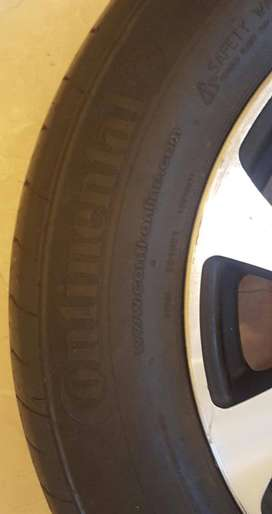 Original Tyres With Alloy Rims