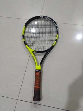 Babolat tennis racket 25in to sell