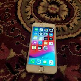 iPhone 6 gold 16gb good condition