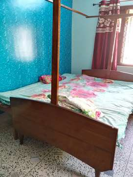 Original Teak Bed for sale (shaguan)