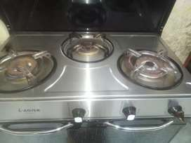 i want to sell ths cooking range