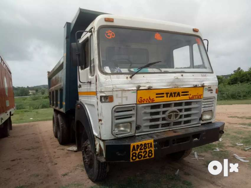 Tata 10 tyre tipper in very good condition 0