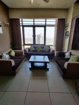 7 Seater Sofa Set with Beautiful Centre Table