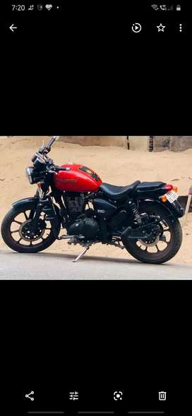 Royal Enfield Thunderbird 350x for sel