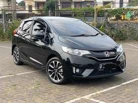 Honda jazz RS 1.5 CVT AT 2016 km 22 ribu pajak panjang sekaliii