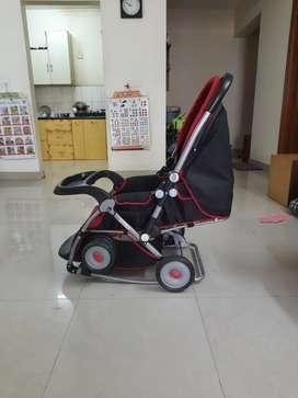 baby pram/rocker/stroller (foldable