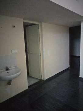 2bhk appartment near palluruthy  for lease