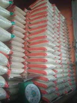Penjaga toko beras