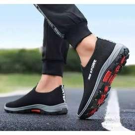 Sepatu anak muda