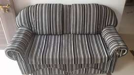 2 sitter nd 3 sitter sofa set