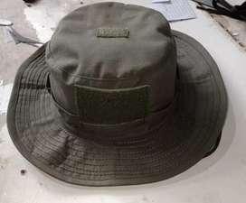 Topi rimba hijau... Rantai. Stok hnya 200 pcs