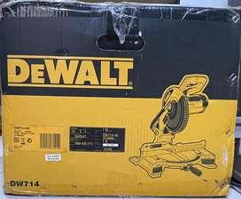 DEWALT DW714 1650Watt 10 Inch Compound Mitre Saw with 80T TCT blade