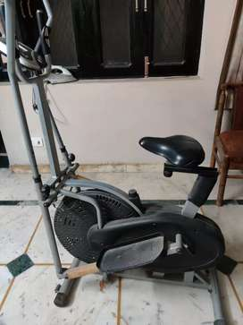 Cross fit trainer