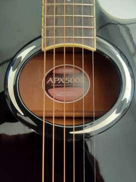 Gitar Yamaha APX500ii (Hitam) Rp. 1.800.000