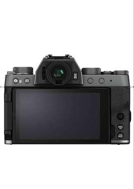 Fujifilm xt 200 with kit lens n zoom lens mirror less camerara