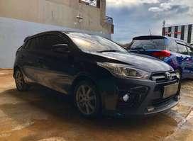 Dijual Toyota Yaris G A/T tahun 2015 warna Hitam