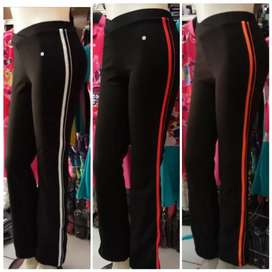Celana senam aerobik khusus wanita