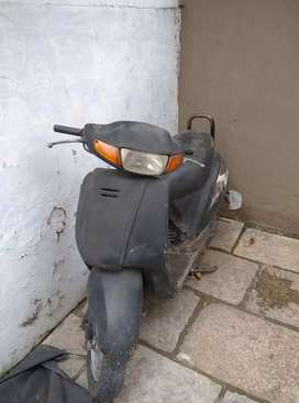 Honda activa in runing condition not in use 2006 interested cal