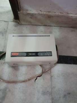Used AC Stabilizer make V Guard Model VGN 400